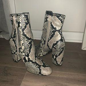 Size 9 Snakeskin Aldo Booties